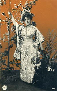 NPG_364_10_Japanese_dressed_woman